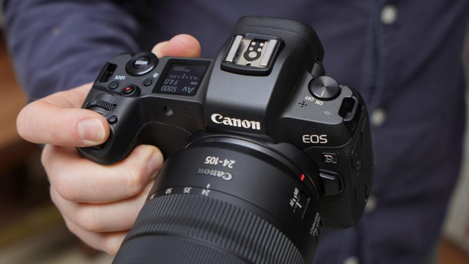 The upcoming eos r5 camera supports 8k video recording