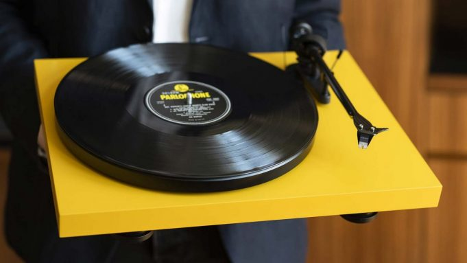 Pro-ject Carbon Debut Evo